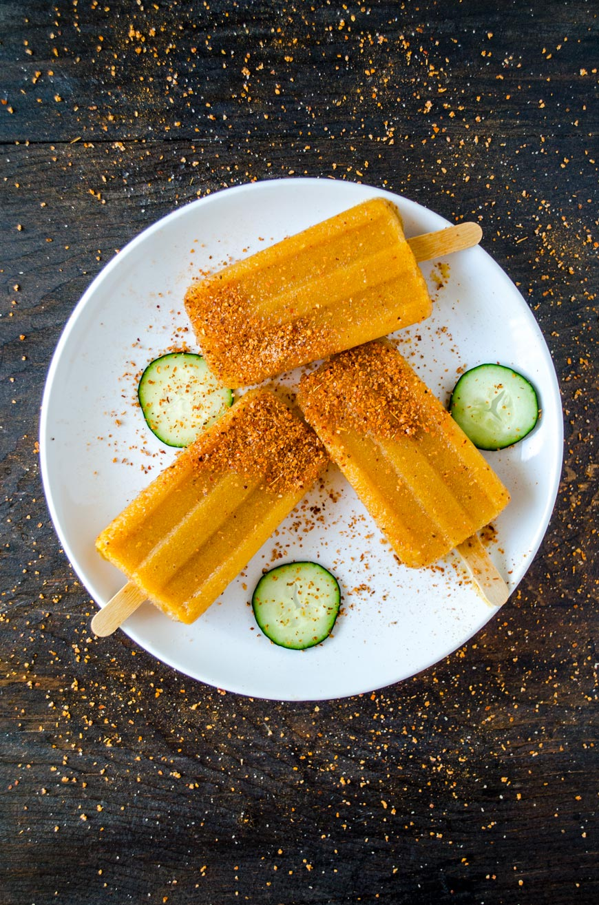 Estas paletas de pepino con chile son perfectas, ni muy picosas, ni muy dulces y la cantidad precisa de acidito.